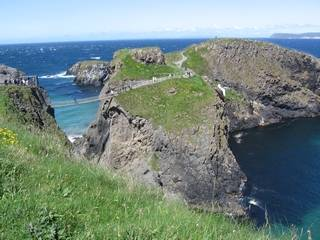 the bridge to Carrick-a-Rede island