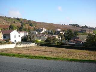 Pruzilly heart of beaujolais country